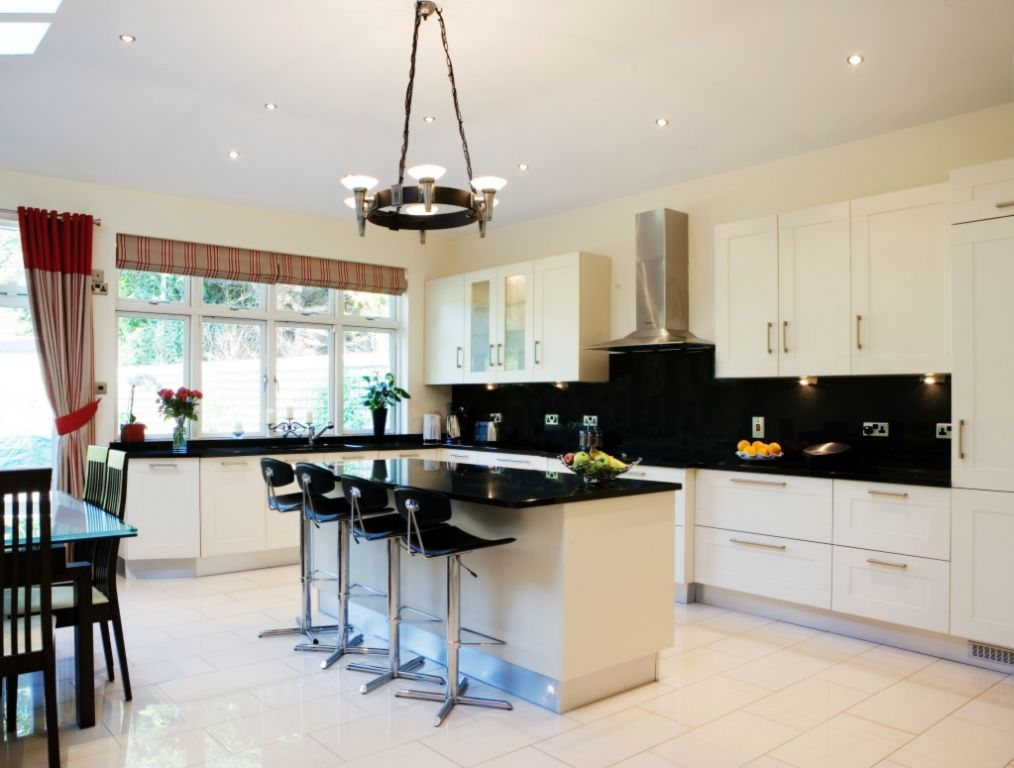 Lineaquattro signum quadra contemporary kitchens for Kitchen ideas dublin