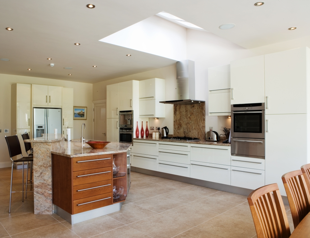 Contemporary kitchens kitchen designs terenure dublin for Kitchen ideas dublin