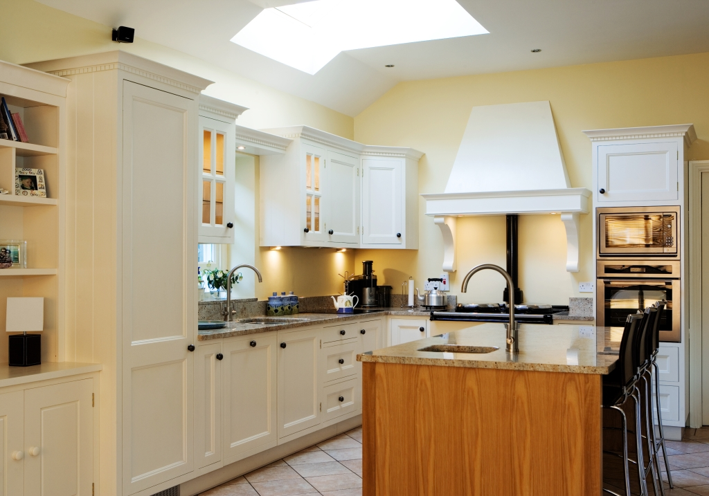 Traditional designer kitchens design kitchen glenageary for Luxury contemporary kitchens